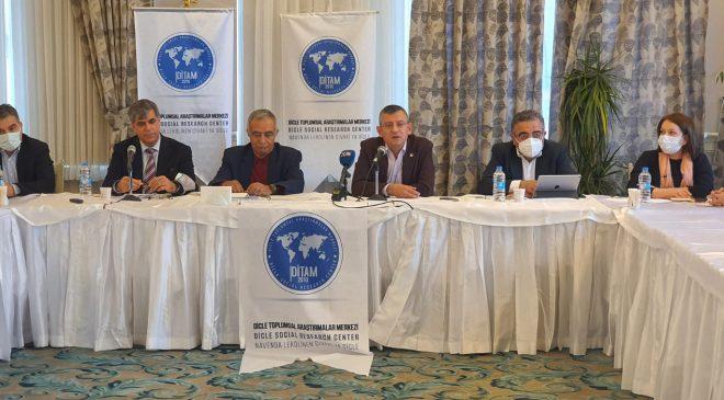 Tigris Diyalogları CHP Grup Başkan Vekili Özgür Özel'i Konuk Etti